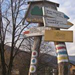 Z Międzybrodzia prowadzą liczne szlaki piesze
