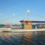Statek wycieczkowy na jeziorze Żywieckim